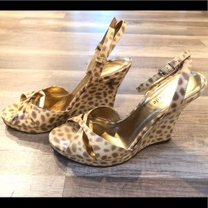 Kate Spade Rare Patent leather Leopard Wedges